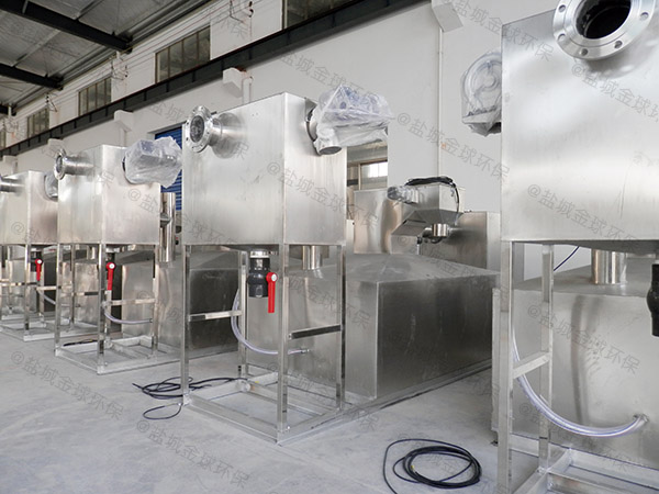 餐饮行业3.5米*1.35米*1.85米不锈钢隔油提升一体化装置检验